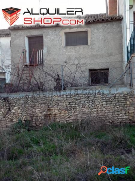 Se vende casa de pueblo en la Luenga