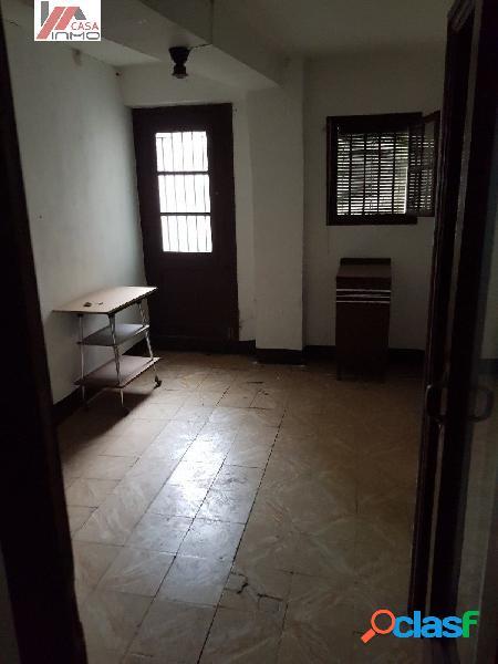 Se vende casa en el Barrio del Entremuro. Casa de grandes