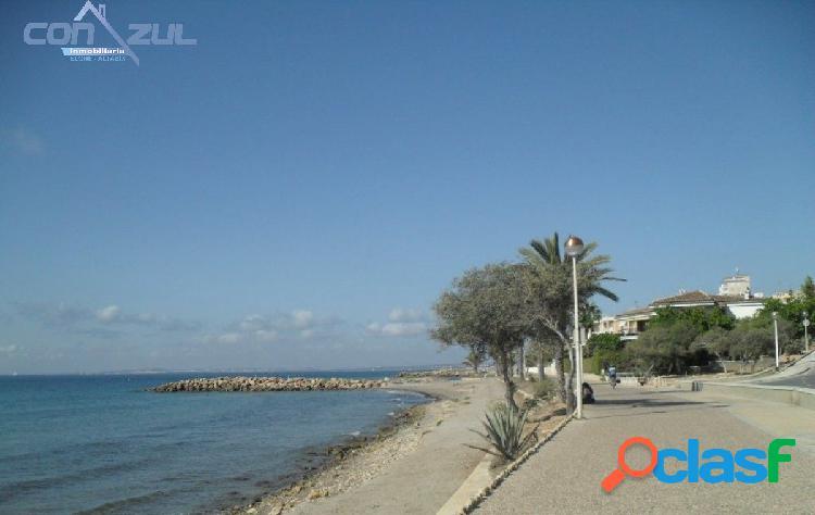 Se vende chalet en Santa Pola con vistas al mar. (Alicante)