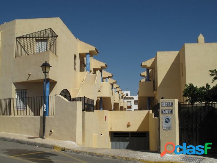 ¡¡¡ Se vende estupendo apartamento en Garrucha !!!