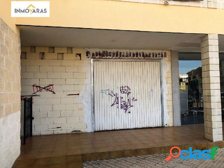 Se vende local comercial en el centro de Cabrerizos
