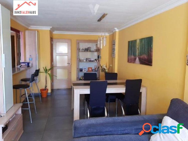 Se vende piso de 97 m2 en Benimamet(Valencia)