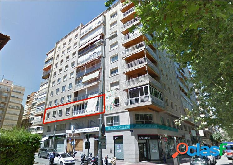 Se vende piso en Alfonso X El Sabio