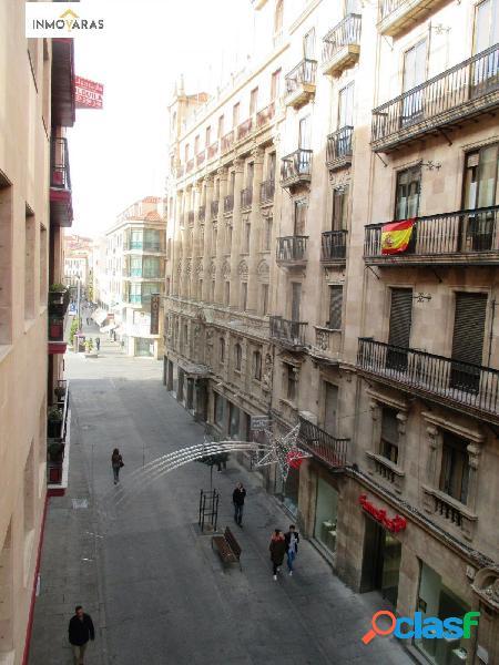 Se vende piso en Calle Azafranal