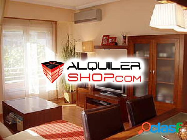 Se vende piso en zona del Ensanche en Barbastro.