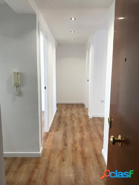 Se vende piso nuevo a estrenar junto a la Av. cid