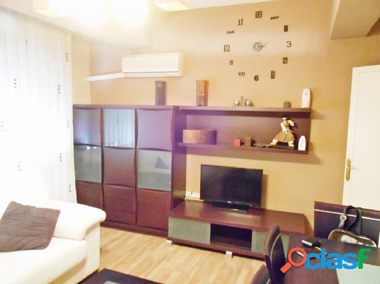 Se vende piso reformado en Vista Alegre