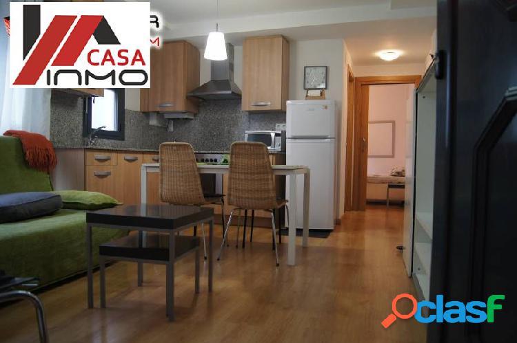 Se vende piso semi-nuevo en centro de Barbastro.