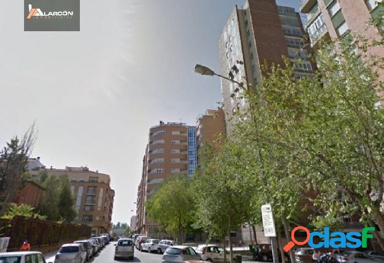 Se vende piso zona avenida de españa