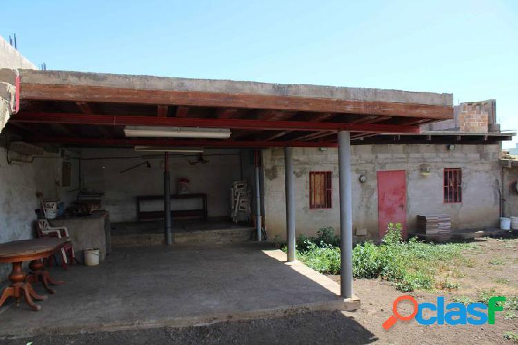 Se vende solar de 405 m2 en Los Rosales - Firgas