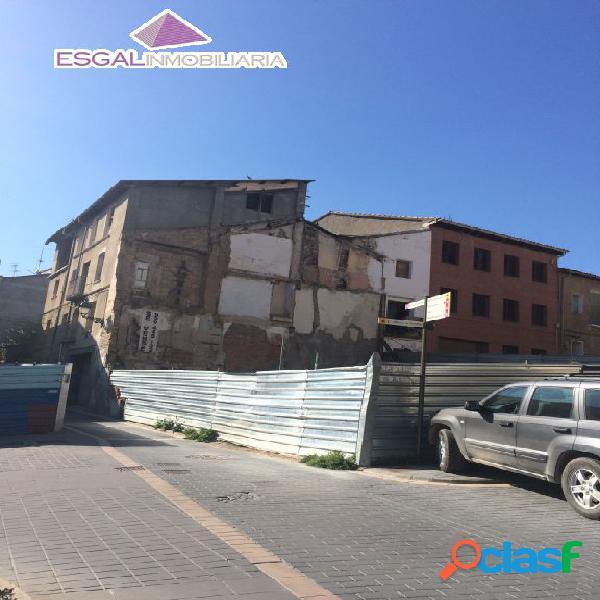 Se vende solar en centro histórica de Barbastro