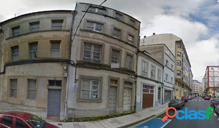 Se vende terreno urbanizable al lado de Avd, de A Coruña