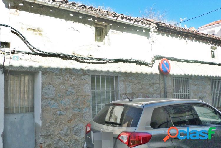 Solar en la zona centro de Colmenar Viejo.