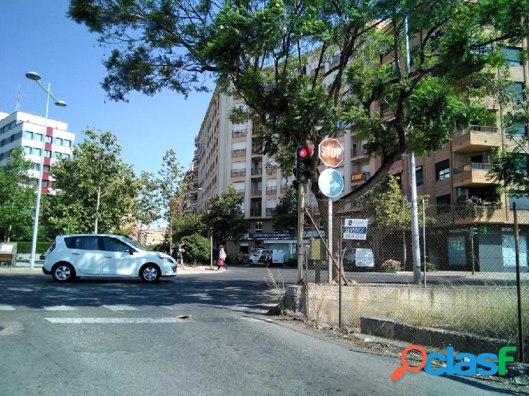 Solar en zona urbana para promoción viviendas