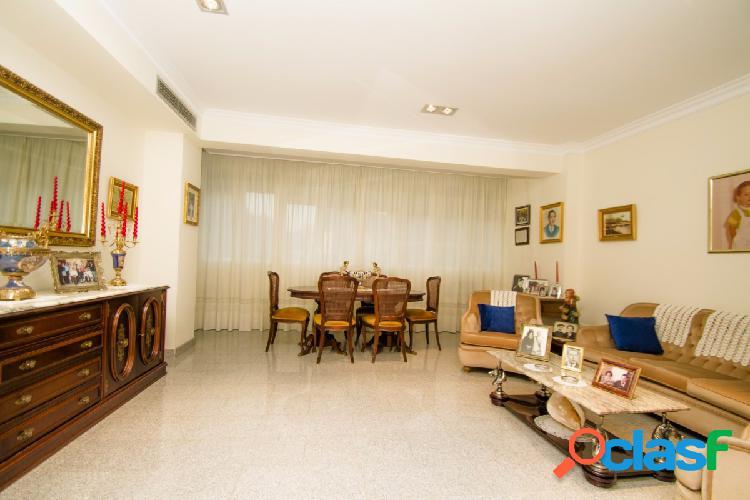 Totalmente reformado piso centrico en pleno Sevilla