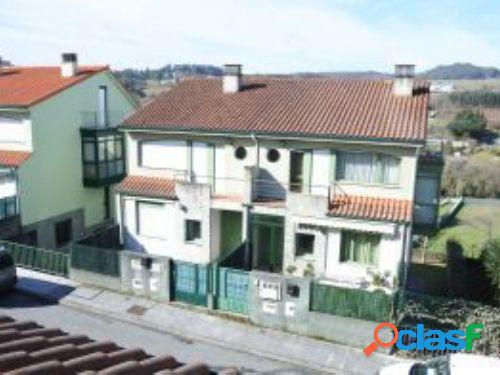 Venta de chalet pareado en Sigrás (Cambre), A Coruña