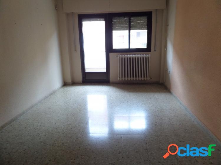 Venta de piso en Albacete, RAMON Y CAJAL