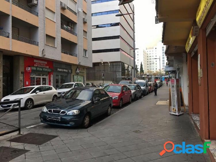 Venta de piso en Granada (Zona Pajaritos)