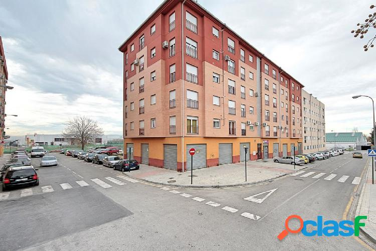 Venta de piso en Granada (Zona We Fitnees)