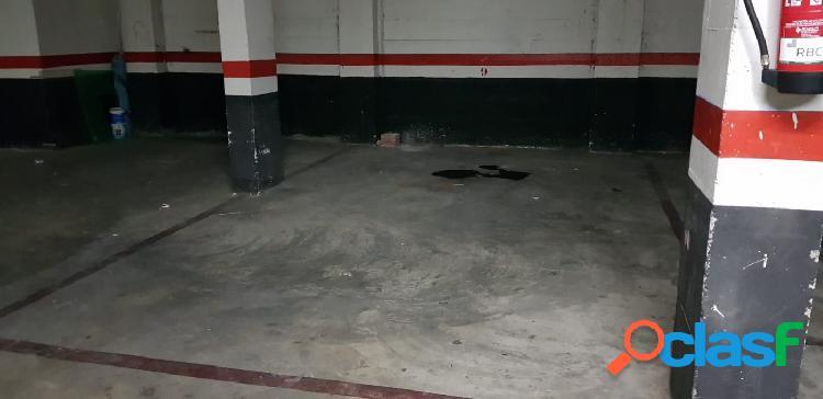 Venta de plaza de garaje en Calle de los Molinos, Paterna