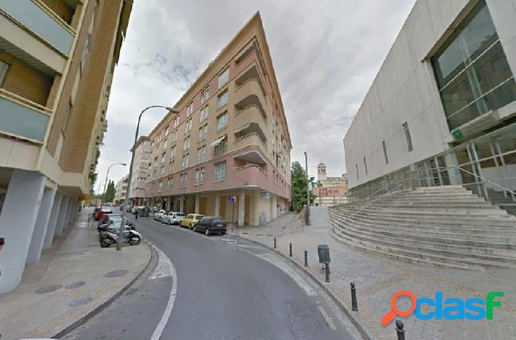 Venta de plaza de garaje en Granada (Zona Profesor Sáinz