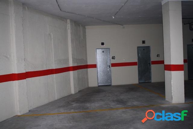 Venta de varias plazas de garaje en Almoradí.