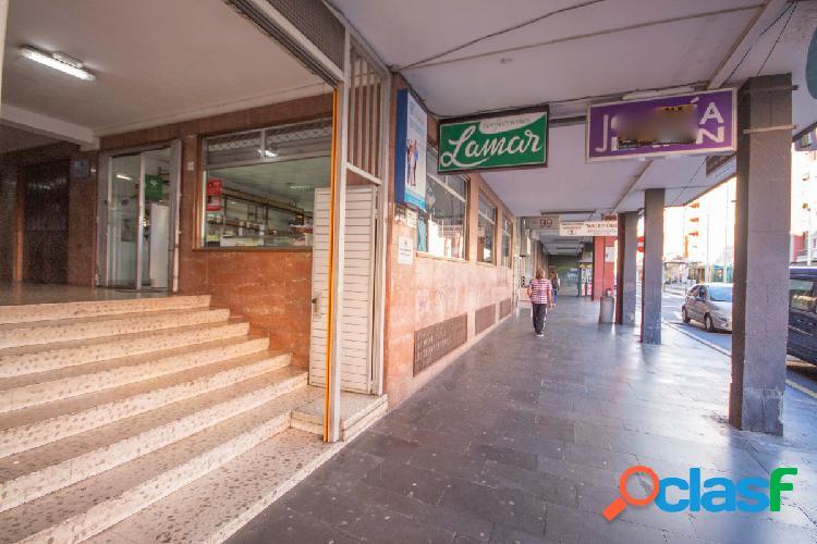 ¡Venta o alquiler de Local Comercial en la Avenida