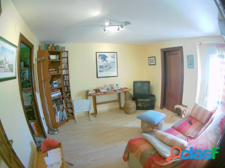 Venta piso en zona playa de La Malvarrosa (Valencia), para