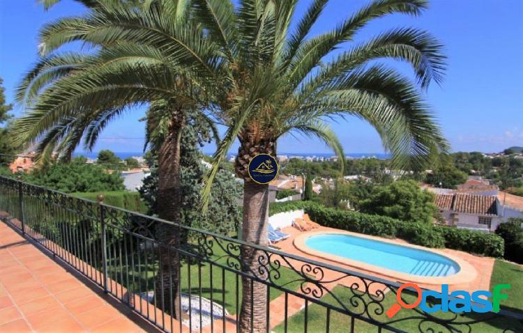 Villa Tradicional en Javea con CASA de INVITADOS y VISTAS al