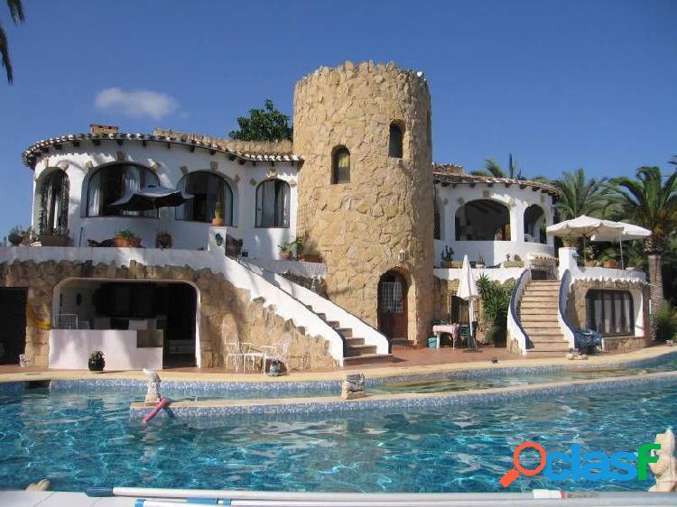 Villa a la venta en Benissa muy cerquita del mar