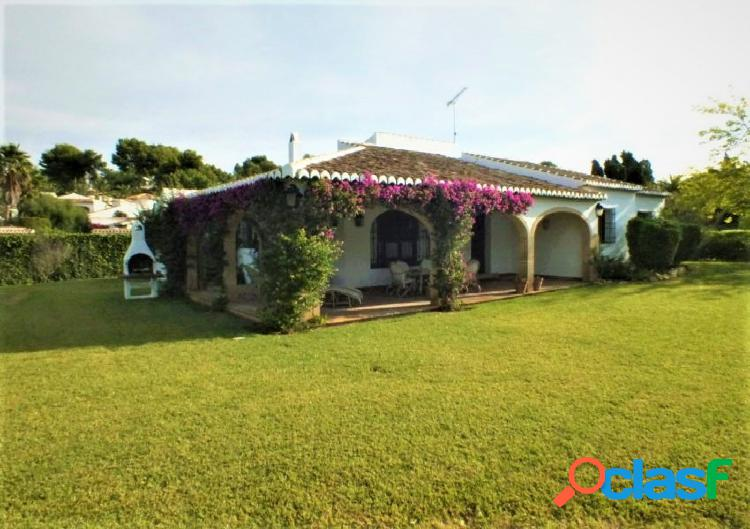 Villa con encanto en la prestigosa zona del tosalet con 2200
