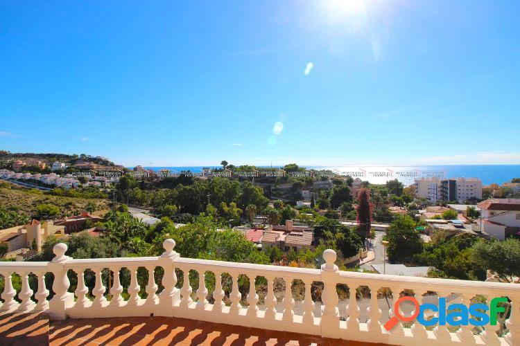 Villa con vistas panorámicas al mar en El Campello