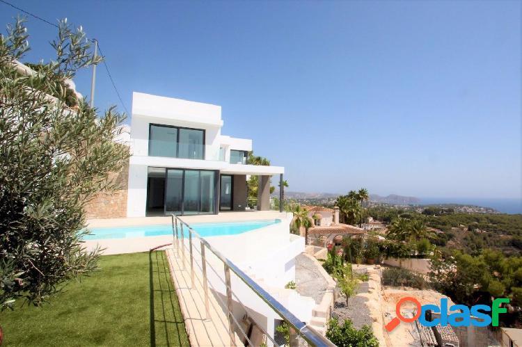Villa de Lujo con vistas al Mar en venta en Benissa