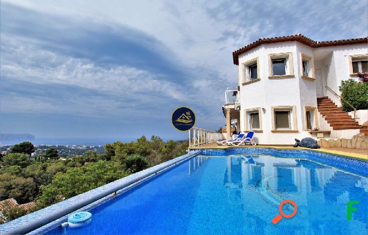 Villa de Lujo de 4 dorm. con Vistas al MAR y Montgo y