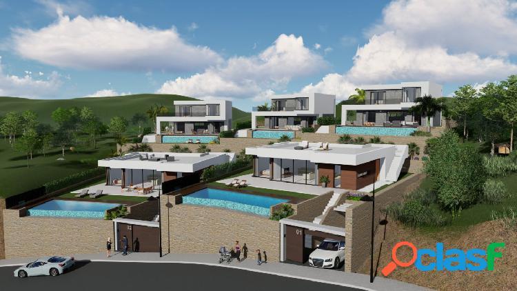 Villa de estilo moderno con piscina privada y vistas al mar