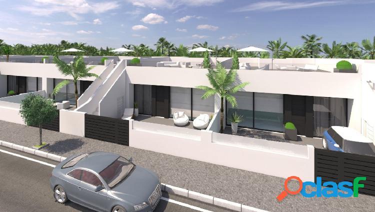 Villa de obra nueva en Pilar de la Horadada