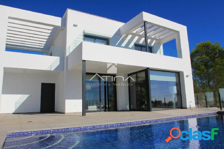 Villa de obra nueva en el Residencial Resort Cumbre del Sol,