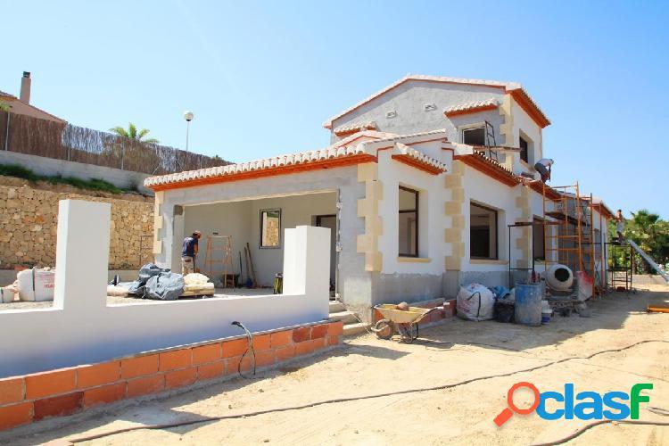 Villa de obra nueva en venta en Javea