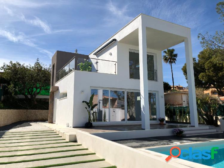 Villa de tres dormitorios de nueva construcción en una