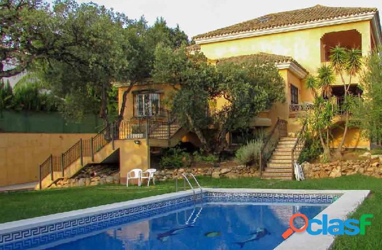Villa en Marbella este, estilo rústico