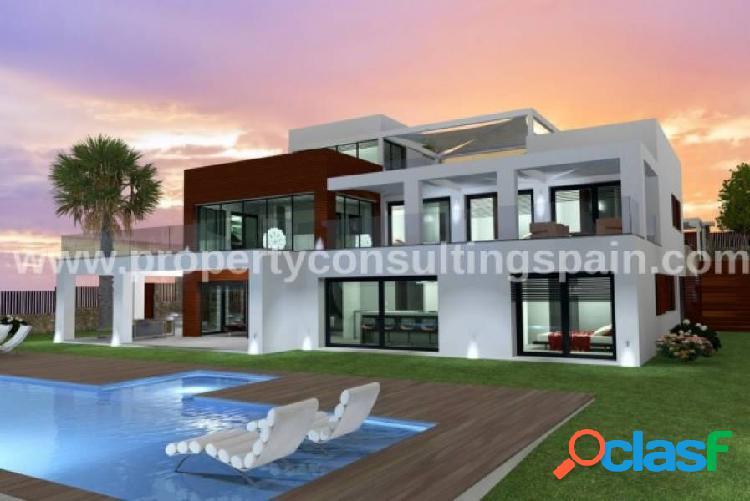 Villa en primera linea al mar - un proyecto en Jávea, Costa