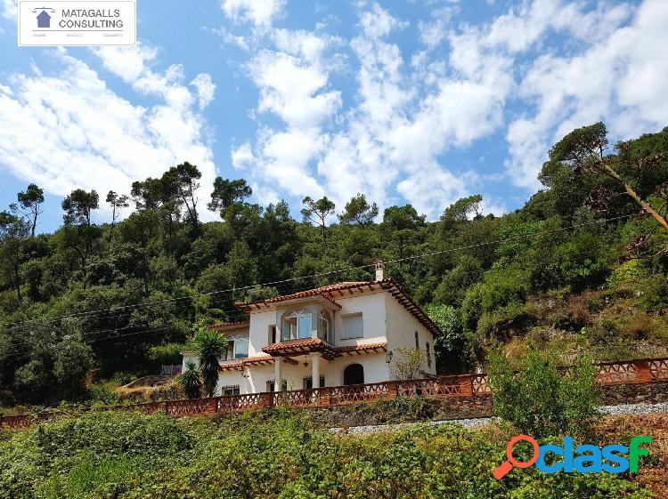 Villa rústica de 314 m2