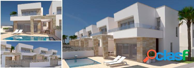 Villas exclusivas con piscina privada cerca del campo de