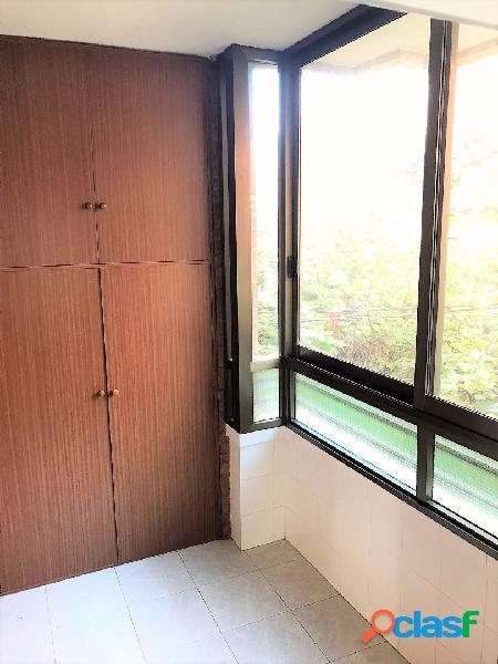 Vivienda en zona Mercado Central, 105 m2, 3 dormitorios, 2