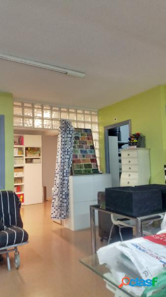 Zizur Mayor (Junto al Ayuntamiento): Oficina acondicionada