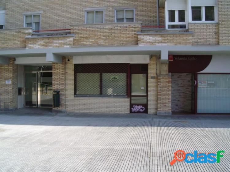 Zizur Mayor (Zona Santa Cruz): Local comercial en venta.