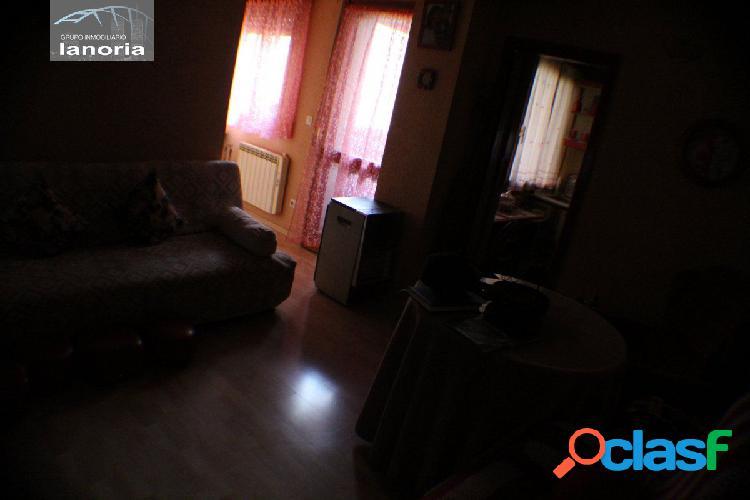 la noria vende apartamento de 2 dormitorios, cocina
