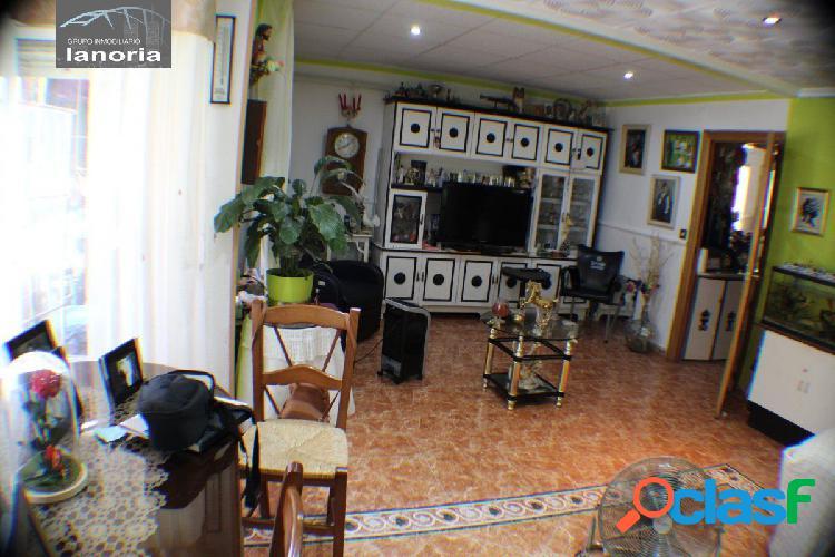 la noria vende piso con salón y cocina muy grande, 3