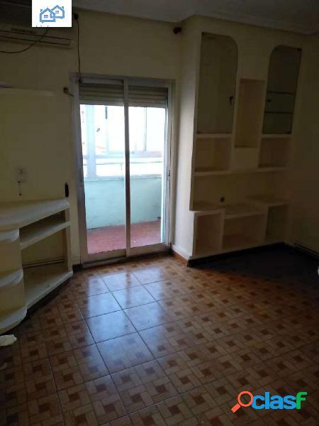 se vende piso en el camino viejo de leganes Madrid