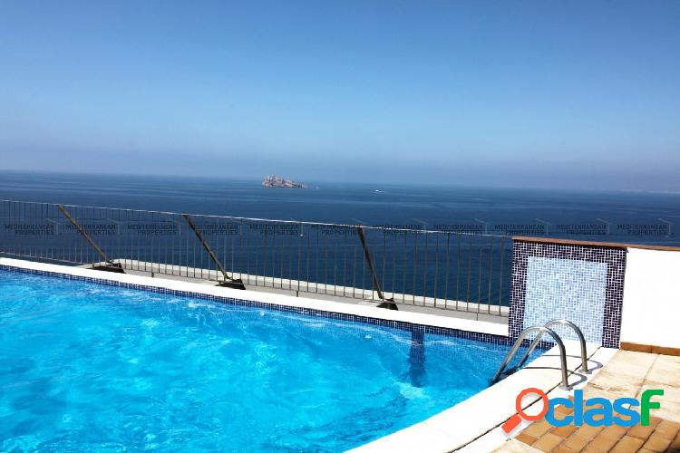 Ático dúplex con vistas al mar en Benidorm